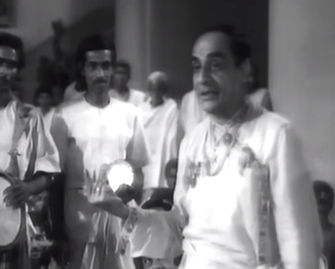 Haridhan Mukherjee antony firingee bengali film black and white uttam kumar