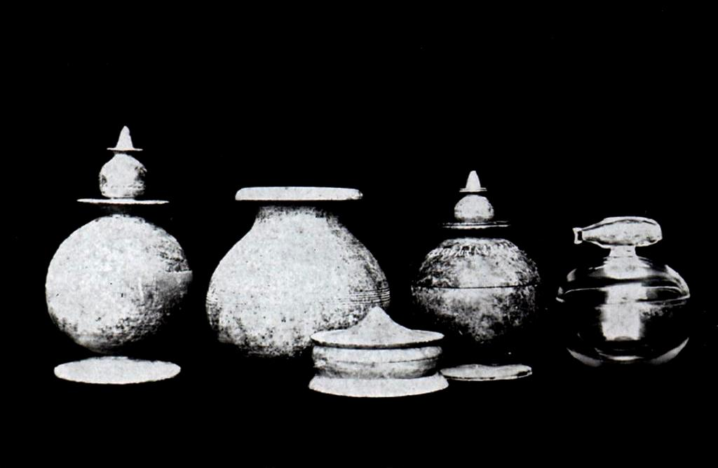 Indian Museum Buddha ashes urns