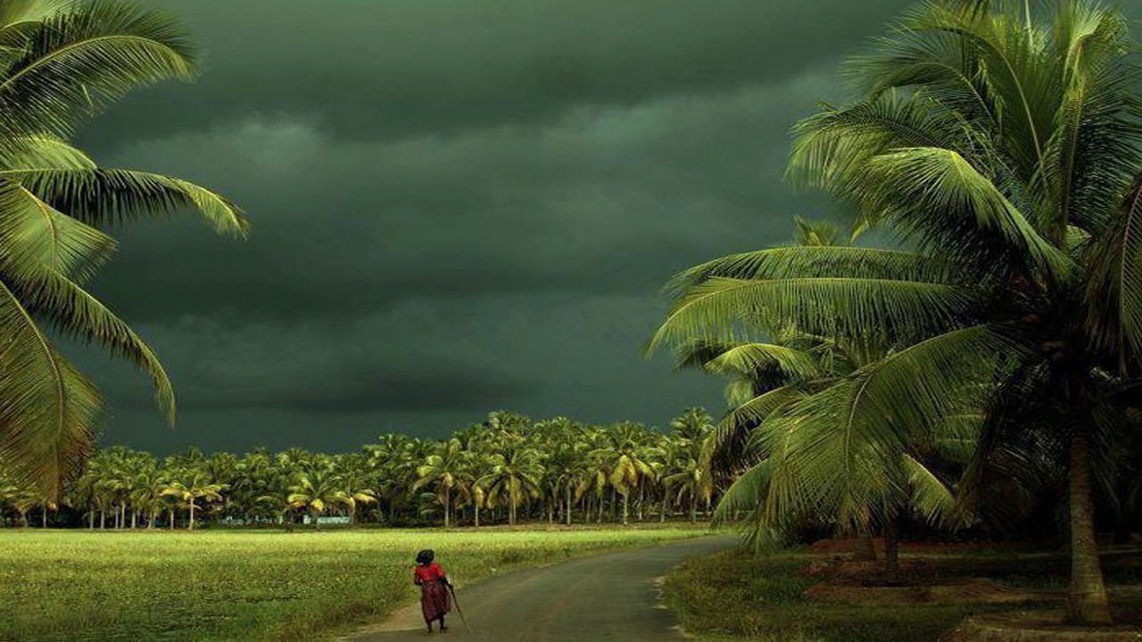 monsoon clouds kerela india
