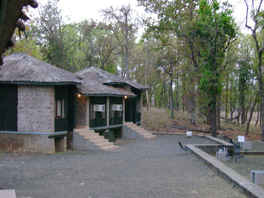 Kanha National Park log huts