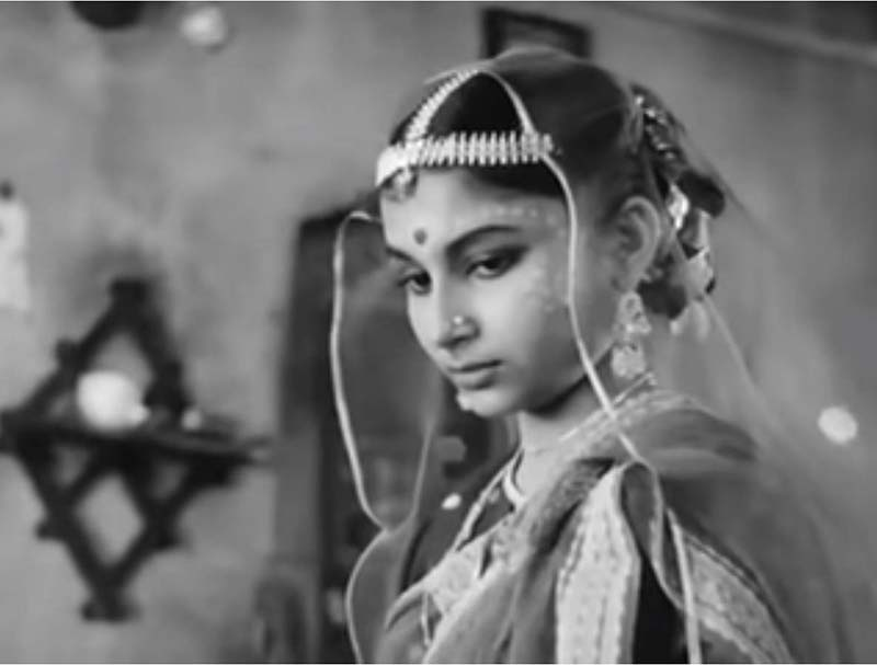 Debut in a Satyajit Ray Movie topshe sharmila tagore